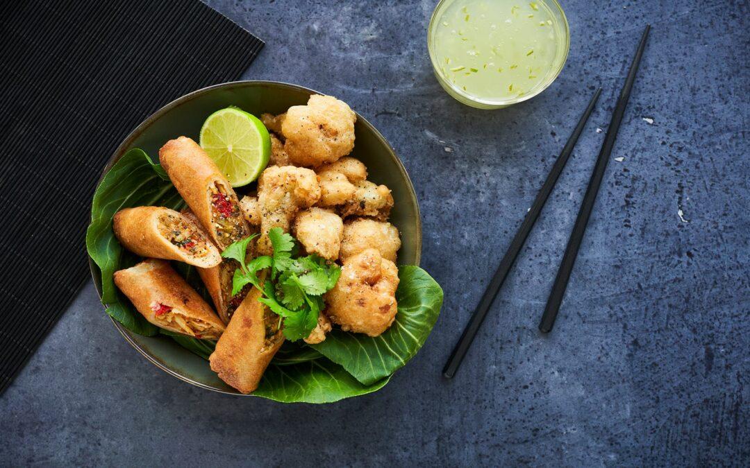 Spring Rolls Green Curry med friterad blomkål och sweet-lime sås